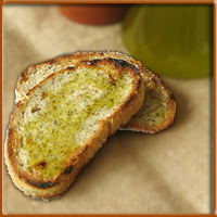 tipica bruschetta con olio di oliva