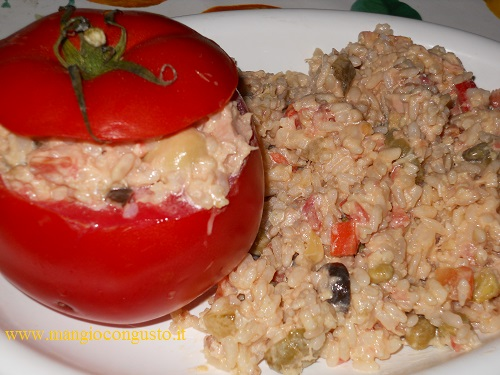 pomodori fresci ripieni di riso