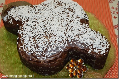 Colomba al cioccolato e zucchero