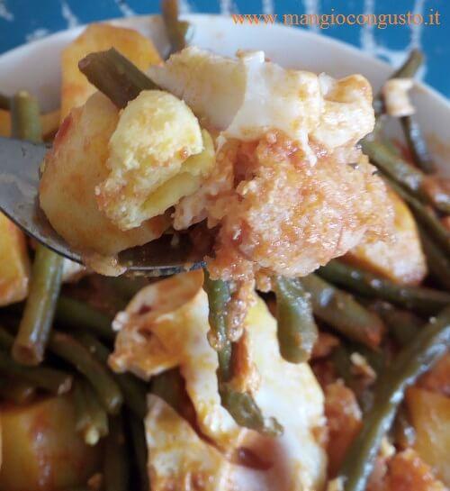 assaggia la zuppa di fagiolini, patate ed uova