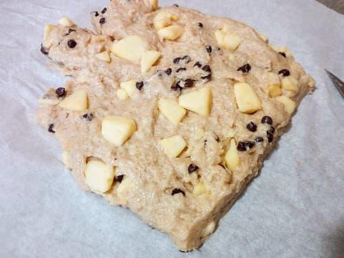 impasto biscotti mele e cioccolato